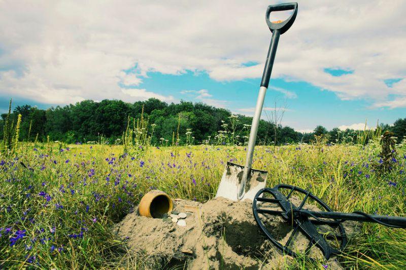 detecting and digging